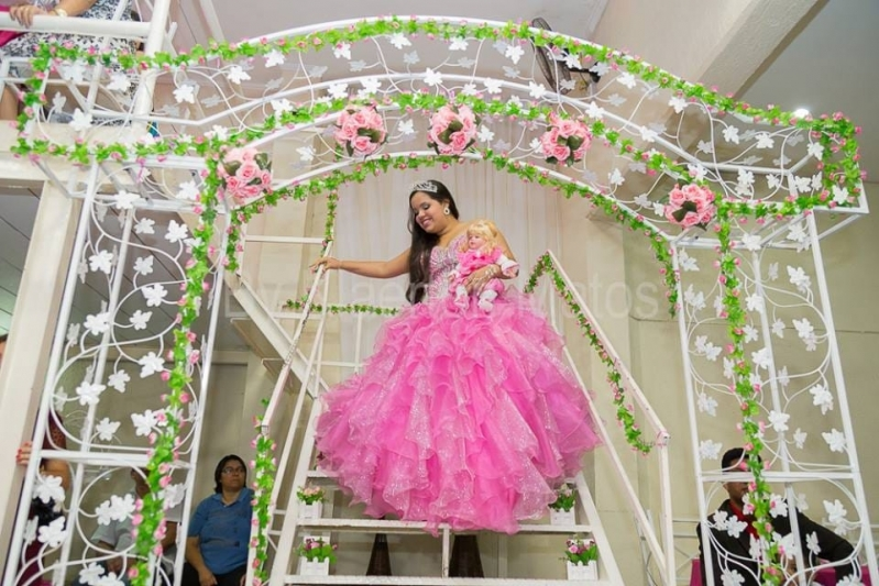 Aluguel de Salão de Festa de Debutante Jandira - Salão de Festas para Alugar