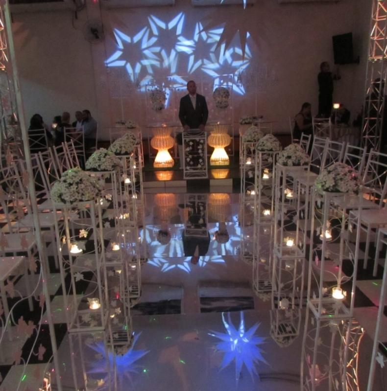 Buffet com Espaço para Festa de Bodas Jardim Elvira - Espaço para Festa de Debutante
