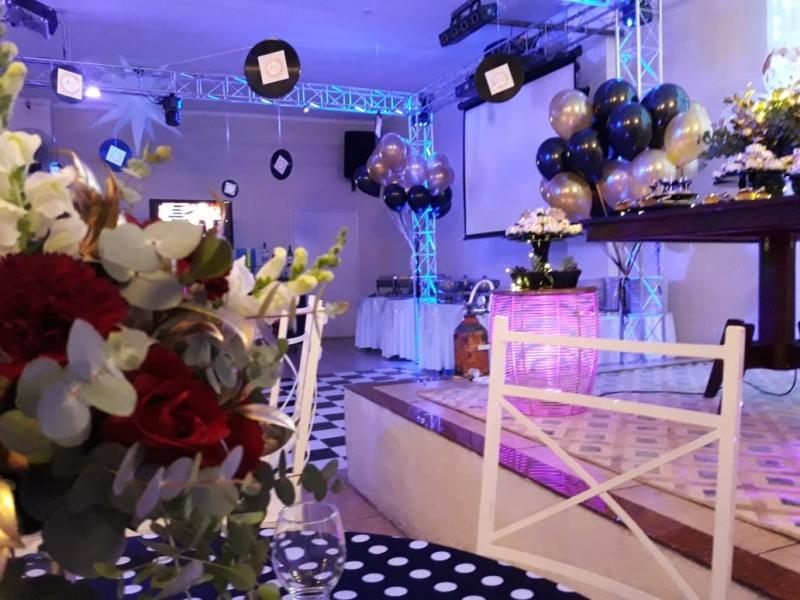 Lugar com Espaço para Evento Empresarial Jardim das Flores - Espaço para Evento Pequenos