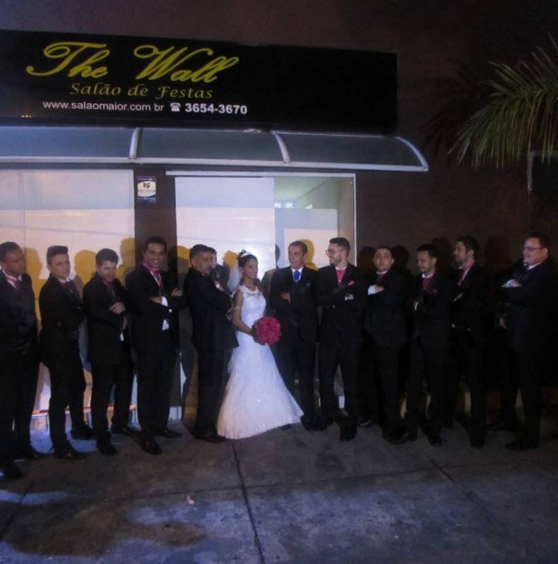 Salão para Casamento com Buffet de Churrasco Cidade das Flores - Salão para Casamento Simples