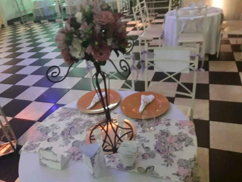 Salão para Debutante Buffet Local Carapicuíba - Salão para Debutante Decorado