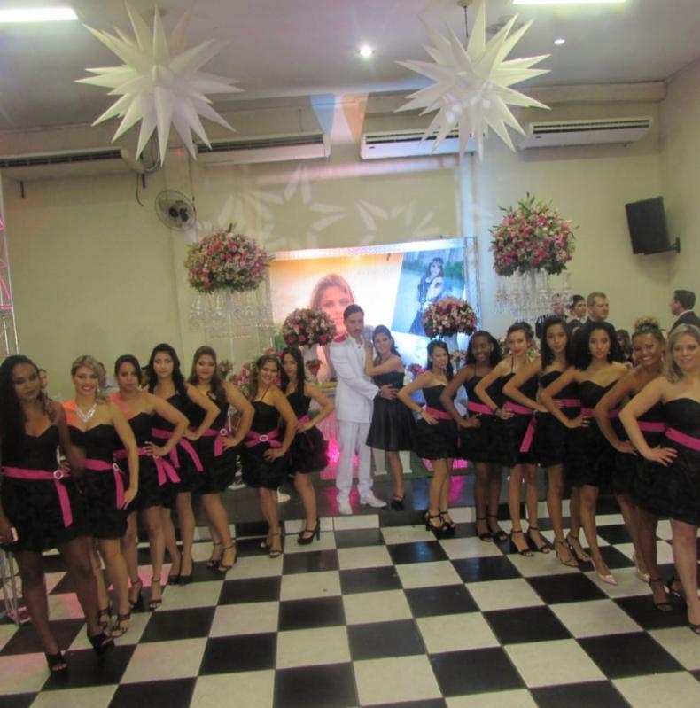 Salão para Festa de Debutante Local Santo Antônio - Salão para Debutante a Noite