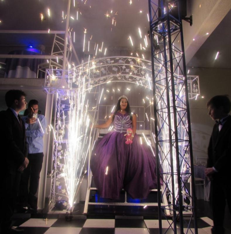 Salão para Festa de Debutante Valor Padroeira II - Salão para Debutante Completo