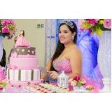 buffet com espaço para festa de debutante Jardim D'Abril
